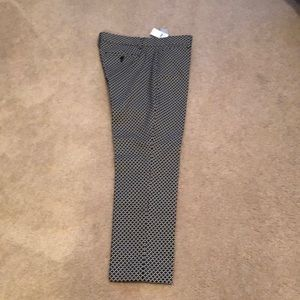 Gap slim cropped black beige small pattern slacks